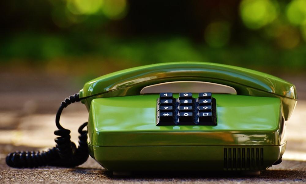 Teléfono fijo de color verde Amena